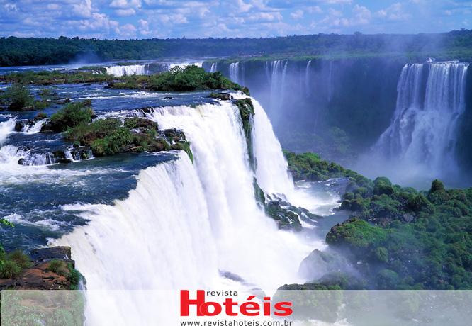 Foz do Iguaçu ganha 400 novos voos para a temporada de férias