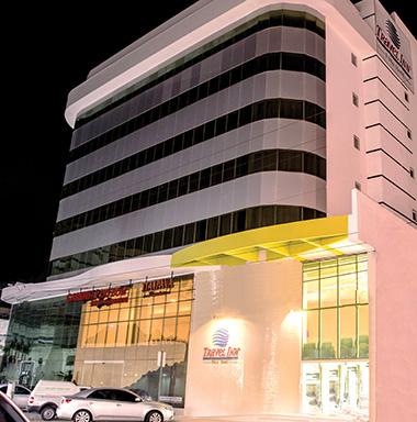 Novo Travel Inn Fênix amplia presença da rede no litoral do Rio