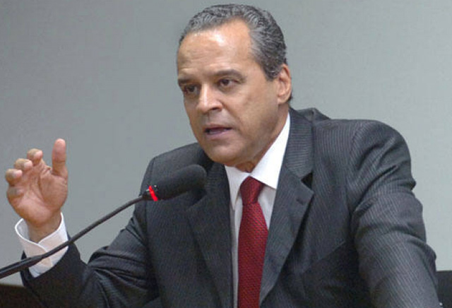 Isenção de vistos será discutida no Congresso