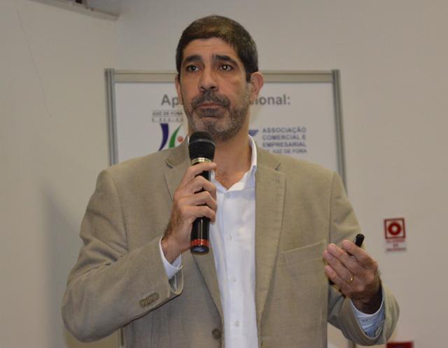 Alexandre Zubaran palestrou na 11ª edição do Encontro da Hotelaria e Gastronomia Mineira em Juiz de Fora (MG)