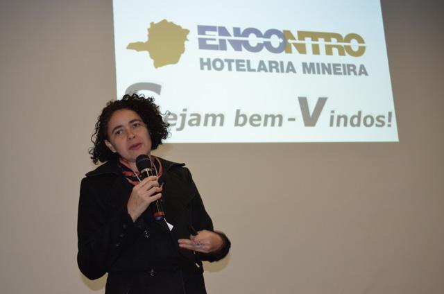 Processo de limpeza profissional é apresentado na 11ª edição do Encontro da Hotelaria e Gastronomia Mineira