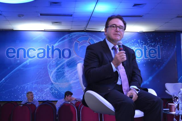 ENCATHO: Presidente da Embratur ministra painel em SC
