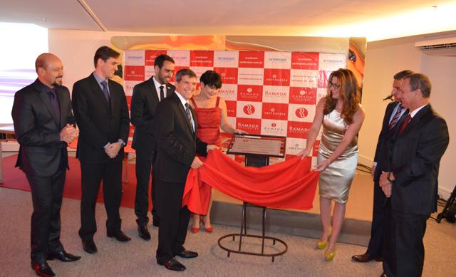 Concorrida cerimônia marca inauguração do Ramada Hotel Campos dos Goytacazes