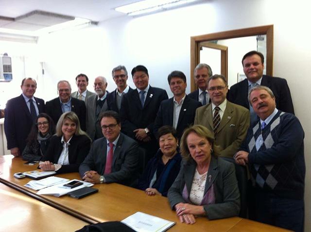 ABEOC Brasil entrega documento com projetos de captação e qualificação à Embratur