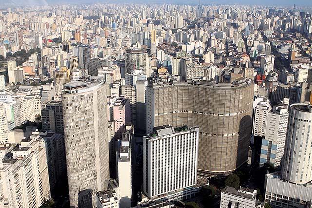 Os destinos nacionais e internacionais mais buscados pelos brasileiros