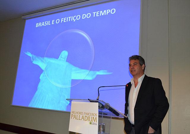 O futuro da indústria de viagens no Brasil é debatido no Grand Palladium Imbassai