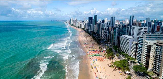 Brasileiros pretendem viajar mais em 2018 do que em 2017