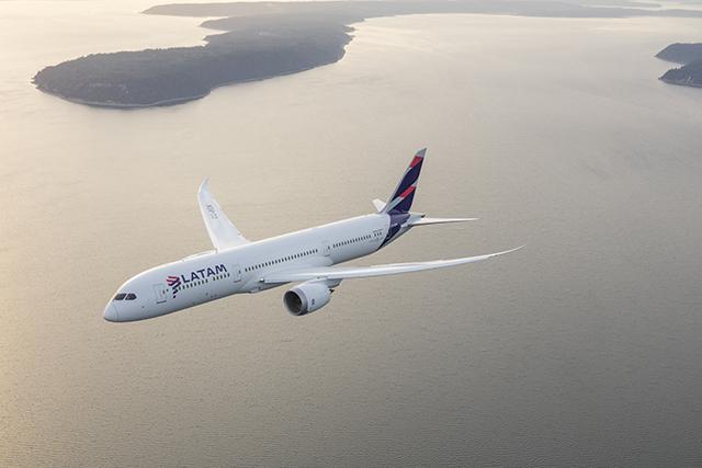 Latam inicia venda de bilhetes do voo direto Chile–Alemanha