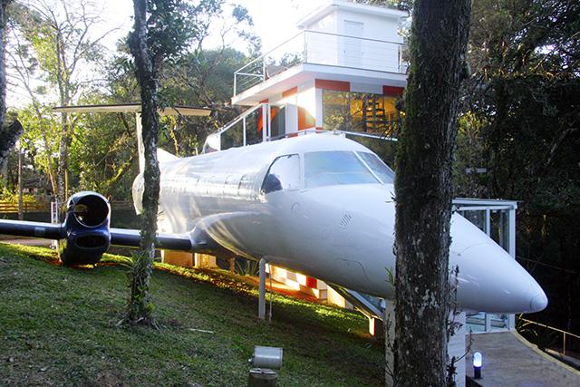 Viviê Pousada, em Monte Verde (MG), dispõe de aeronave para hospedagem