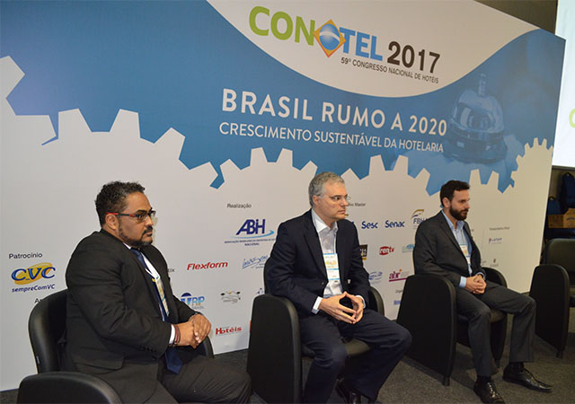 Energia renovável é debatida no segundo dia do Conotel 2017