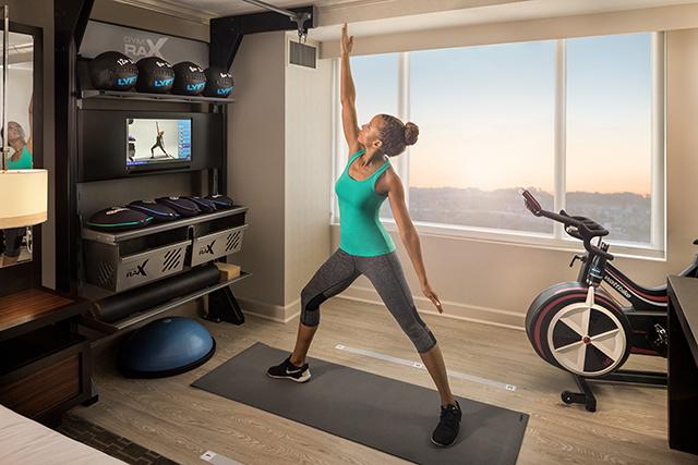 Hilton lança quarto com equipamentos Fitness