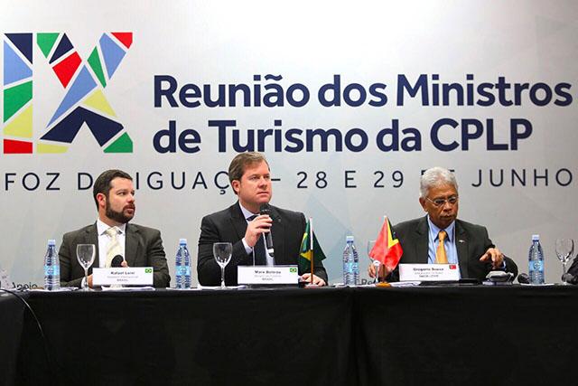 Reunião de Ministros do Turismo de nove países acontece no Festival das Cataratas