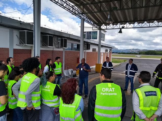 Aeroporto RIOGaleão inicia programa de visitas guiadas para estudantes