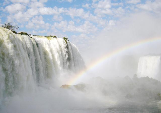 Foz do Iguaçu (PR) ganha 400 novos voos durante as férias