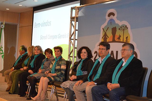 Solenidade no Sicredi abre 2º Salão de Turismo dos Campos Gerais
