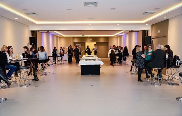 Deville apresenta novas salas de eventos em Curitiba
