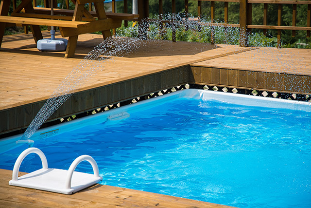 Empresa de limpeza de piscinas lança o eliminador de metais