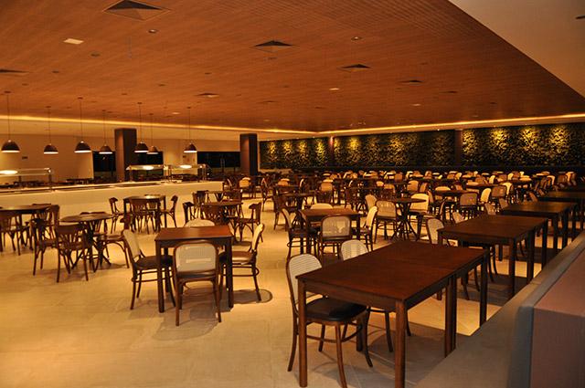 Tauá Hotel & Convention Atibaia inaugura restaurante para 1.200 pessoas