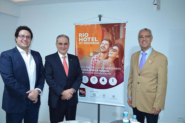 Coquetel marcou a entrada em operação do Rio Hotel by Bourbon em Ciudad Del Este