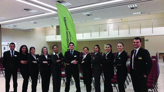 Wyndham Garden Convention Nortel (SP) apresenta nova equipe de vendas