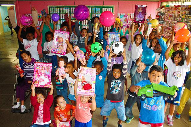 Aldeia das Águas Park Resort promove ação social