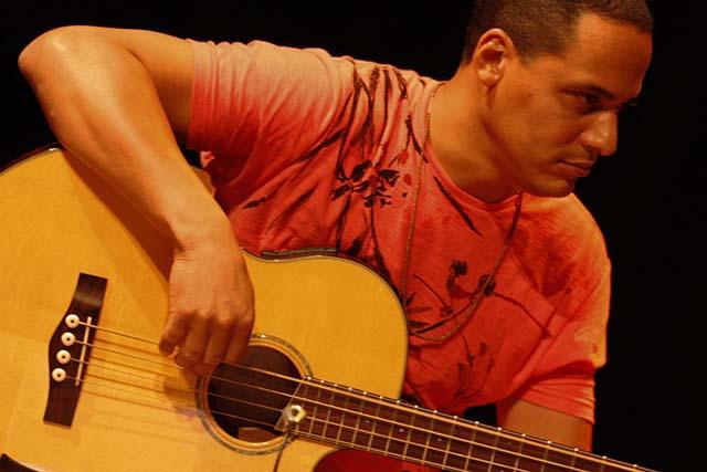 Mercure Goiânia recebe noite instrumental