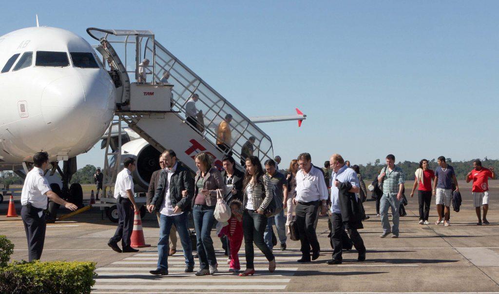Pista do Aeroporto Internacional de Foz do Iguaçu (PR) será ampliada em 600 metros