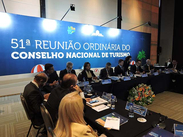 CNTur apresenta várias propostas ao Conselho Nacional de Turismo