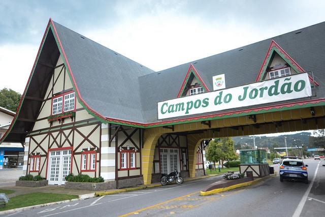 Taxa de Serviços Turísticos criada pela Prefeitura de Campos do Jordão (SP) é declarada inconstitucional