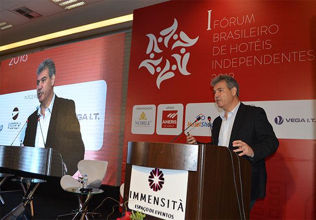 Fórum: José Ernesto Neto palestra sobre atuação de redes e hotéis independentes