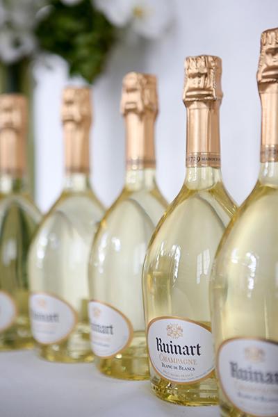 Hotel Saint Andrews (RS) promove jantar com degustação de champagnes Ruinart