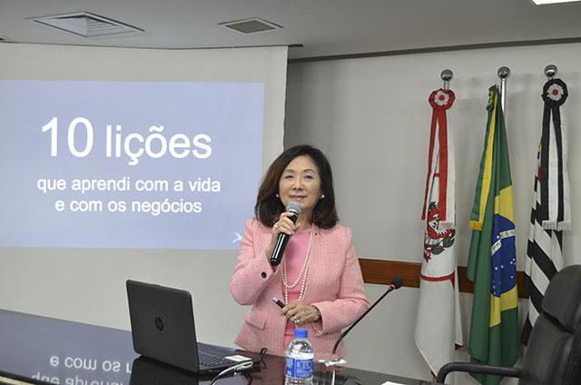 Chieko Aoki palestrou na sede da OAB/SP