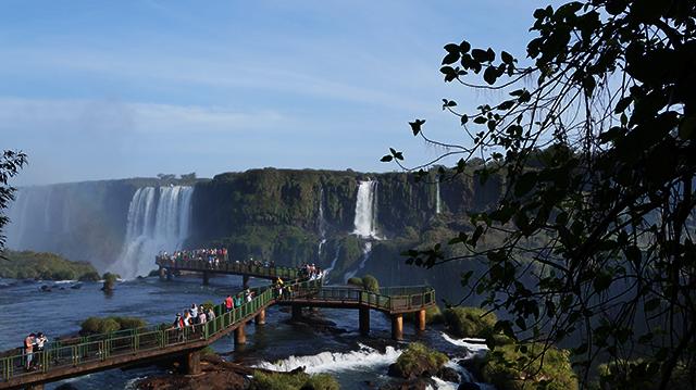 Foz do Iguaçu (PR) registra aumento no fluxo de turistas norte-americanos