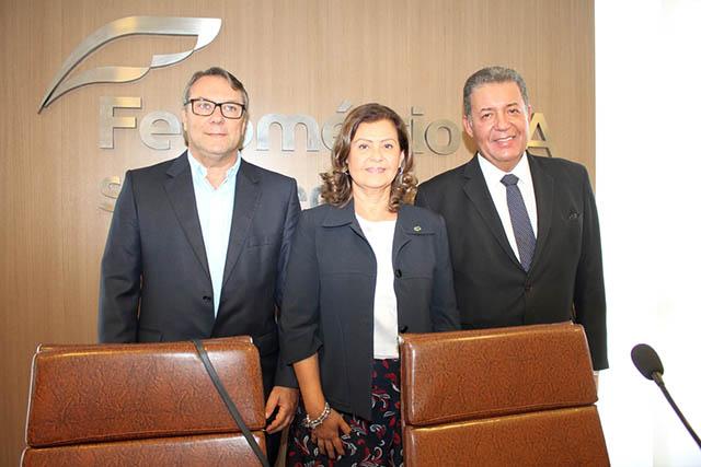 Câmara Empresarial do Turismo da Fecomércio-BA recebeu Tetê Bezerra