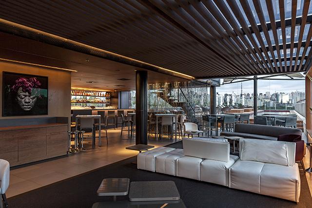 Skye Restaurante & Bar, do hotel Unique, passa por retrofit