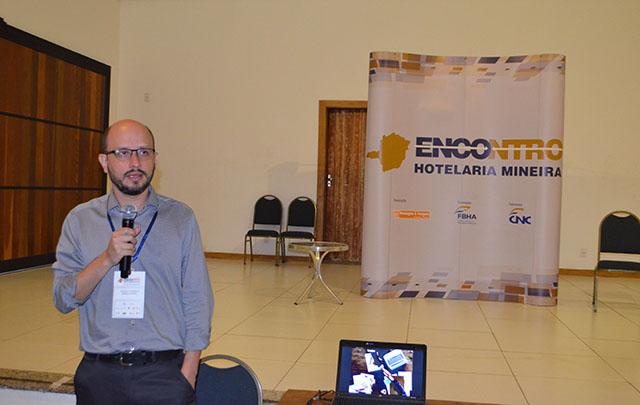 Thiago Fonseca palestrou no 18º Encontro da Hotelaria e Gastronomia Mineira