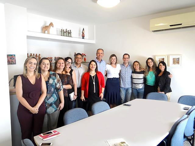 Equipe da ABIH-CE se reúne com Secretário de Turismo de Fortaleza, Régis Medeiros
