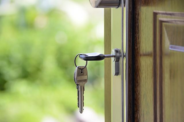 Devido ação do MP, Ubatuba corrige lei que pretendia regular aluguel por temporada