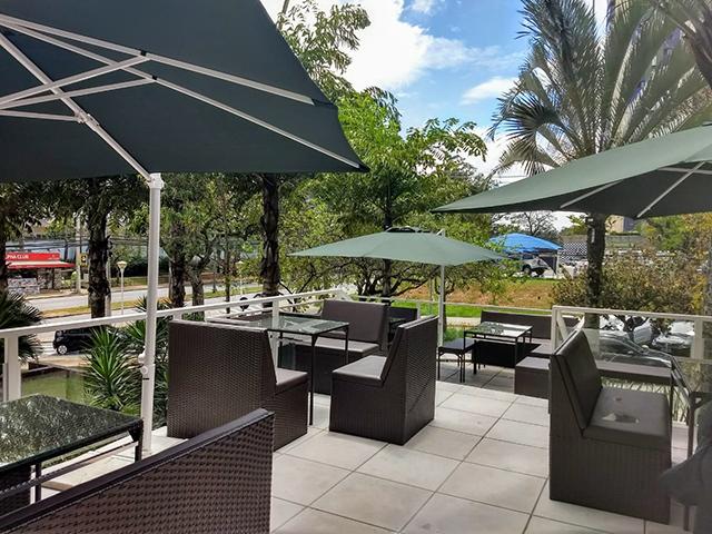Quality Suítes Alphaville inaugura novo restaurante