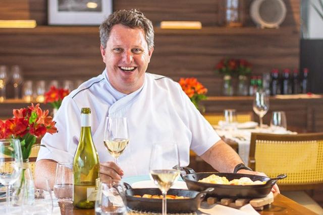 Alysson Muller, do Blue Tree Florianópolis, comenta o menu do D.O Pescador