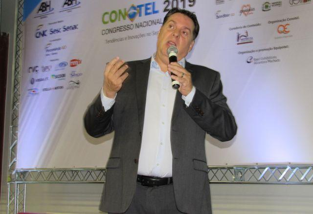 Ricardo Aly inicia os trabalhos do 3º e último dia do 61º Conotel, em Goiânia