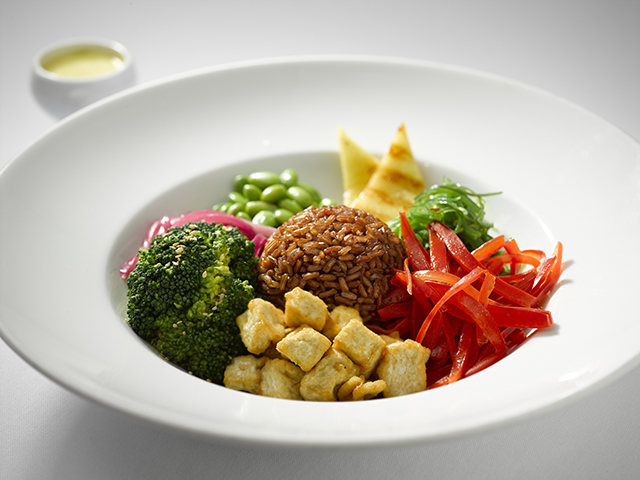 Regent Seven Seas Cruises lança menu inspirado na gastronomia plant-based
