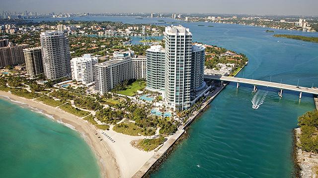 The Ritz-Carlton Bal Harbour, de Miami, passou por retrofit