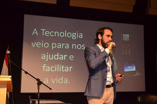 Bruno Guimarães, Diretor da Vert Hotéis, palestrou no Encontro da Hotelaria Mineira