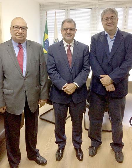 Hotéis Rio assinam termo de cooperação com Procon Estadual