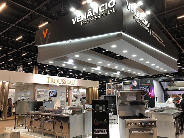 Venâncio apresenta fogão com tecnologia infravermelho na 57ª Equipotel