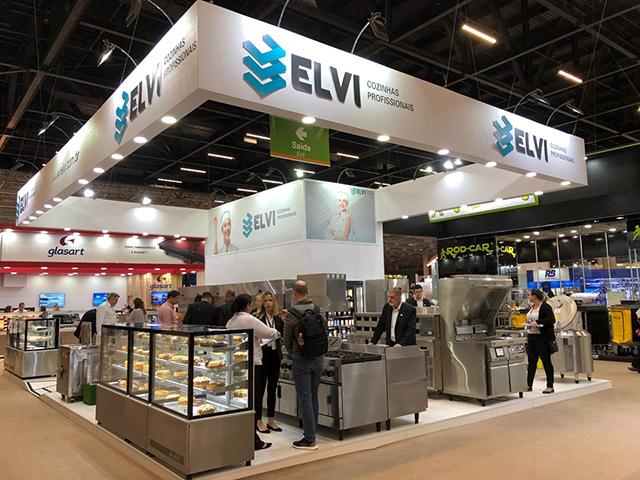 Elvi Cozinhas apresenta máquina de reciclagem de alimentos na Equipotel