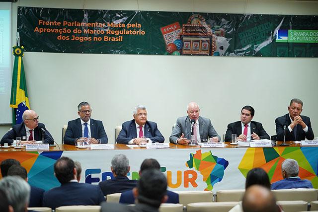 Legalização dos jogos no Brasil ganha força entre os representantes políticos