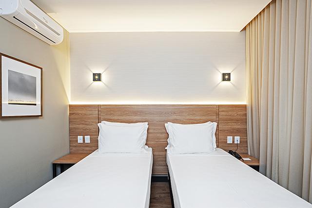 Hotel Slaviero Essential Curitiba inicia operações