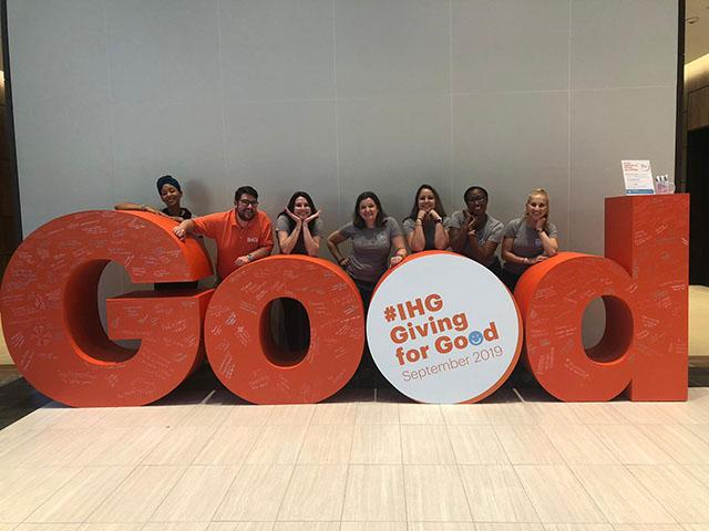 IHG bate recorde de 160 mil voluntários em prol do Giving for Good